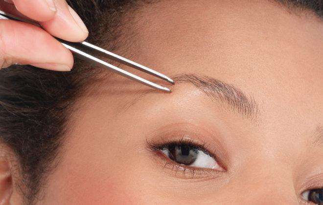 how to tweeze eyebrows